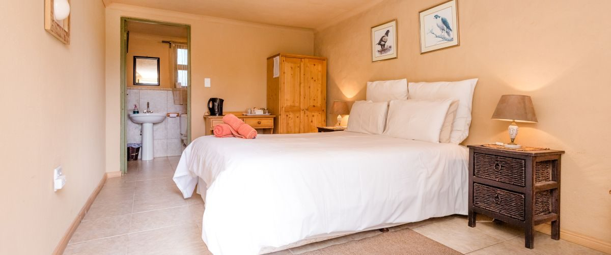 Self catering rooms Tented Rondavels Uylenvlei Retreat